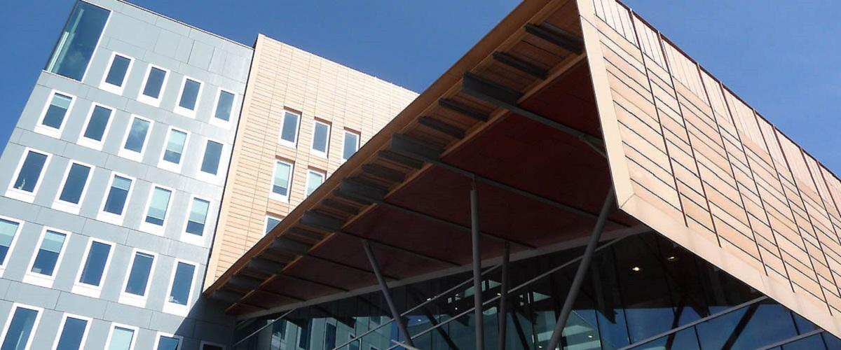 Over zon-comfort, specialisten in binnenzonwering en buitenzonwering