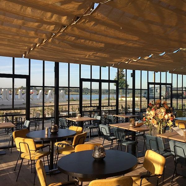 Uitzicht op de waterweg in Maassluis, gordijnen, vouwgordijnen door Zon-Comfort