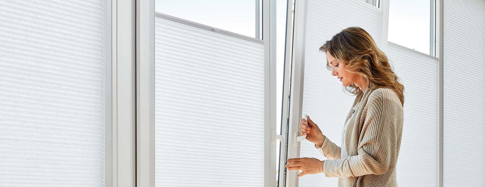 Perfect fit, kunststof raam zonwering, jaloezie, rolgordijn, plissé gordijn in frame